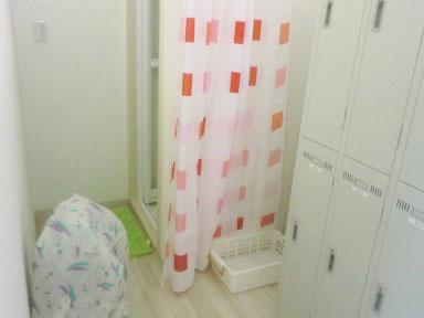 女子更衣室